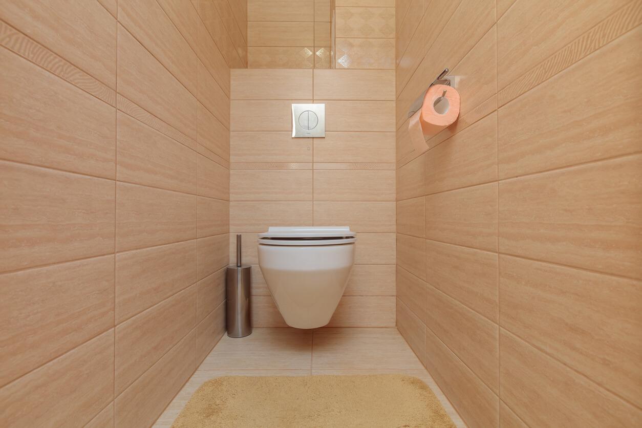 狭いトイレ空間を広くしたい方へおすすめのトイレの選び方 トイレリフォームの費用やおすすめの業者を選ぶなら トイレ リフォームの神様